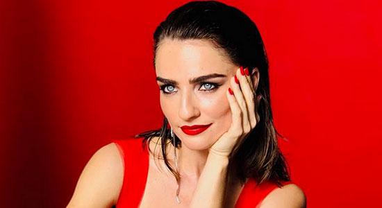 אחת הנשים היפות בישראל הקדישה למגזין סופר פארם ראיון מיוחד ובו היא גם מגלה את סודות היופי הפרטיים שלה. קבלו אותה