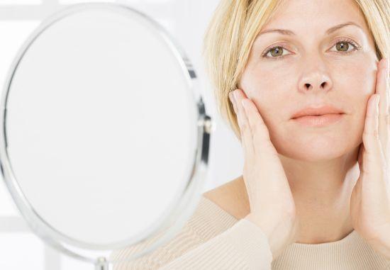 חומצה היאלורונית – הלהיט החדש בטיפוח עור הפנים ושמירתו מסימני הזדקנות