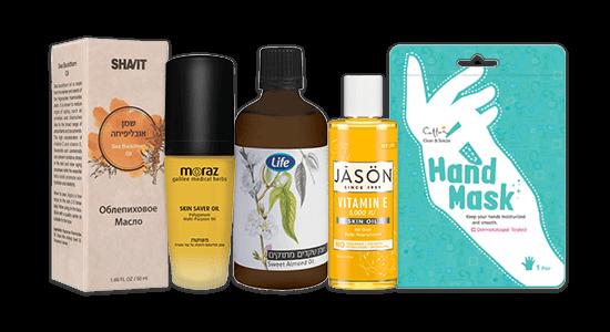 אפשר להיעזר גם במסיכות לחות לכפות הידיים או בשמנים מזינים שנמרח על העור לפני קרם הלחות
