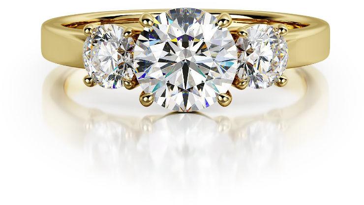 ג'סי גראף - טבעת יהלום בסגנוון שלוש אבנים