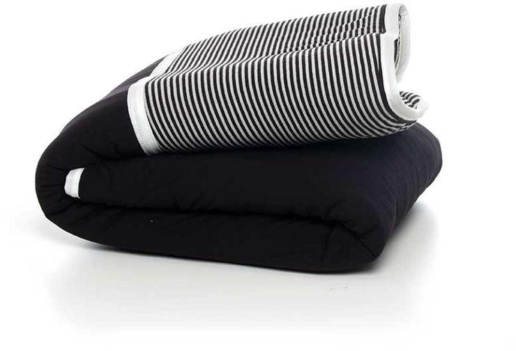 שמיכת חורף למיטת תינוק גיטה פסים שחור