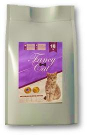 BREEDERS פנסי קט מזון איכותי לחתולים