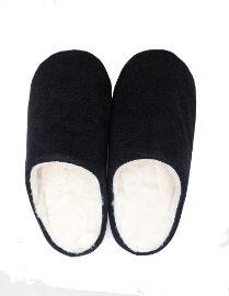 הוט טונה נעלי בית מפנקות לחורף - שחור